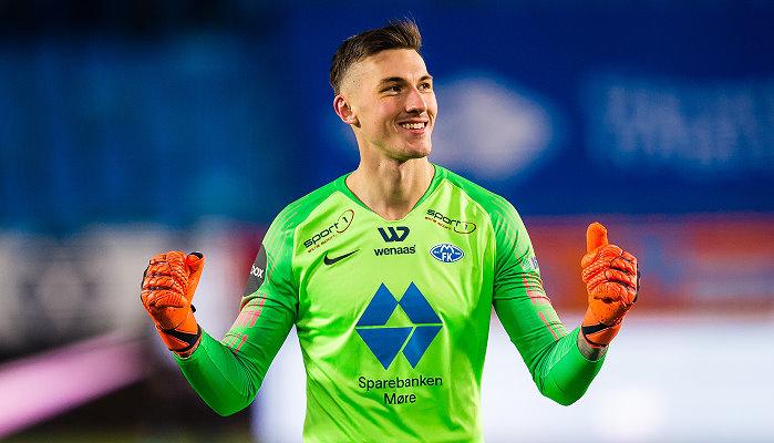 Molde-Keeper Linde will Qarabag Agdam zur Verzwiflung bringen