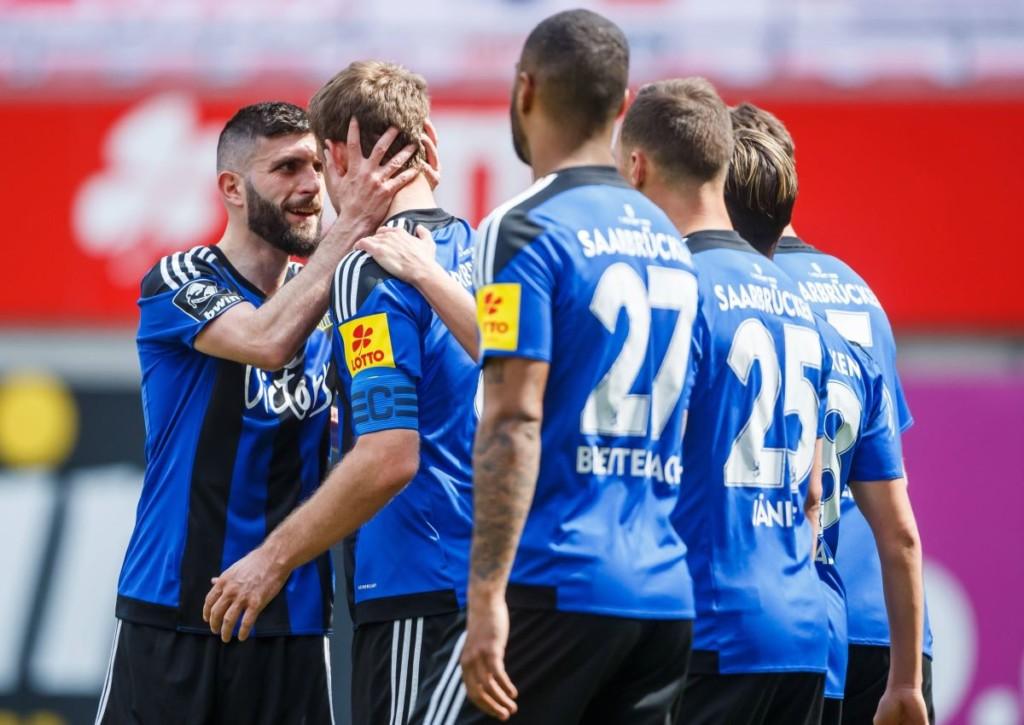 Darf Saarbrücken auch im Heimspiel gegen Mannheim jubeln?