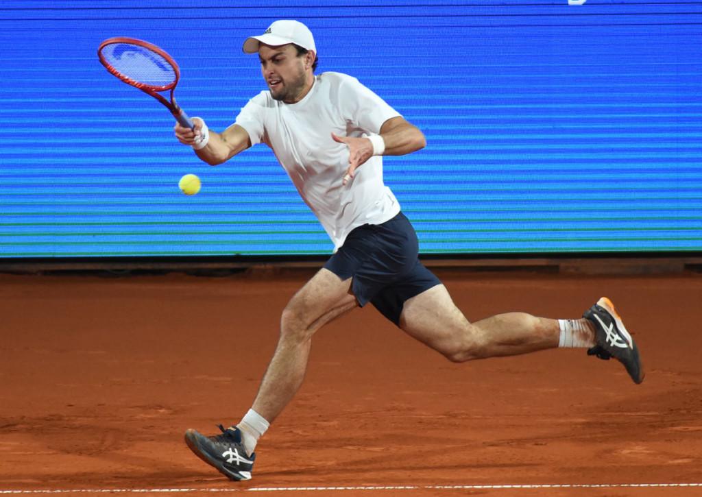 Holt sich Karatsev gegen Berrettini den Titel in Belgrad?