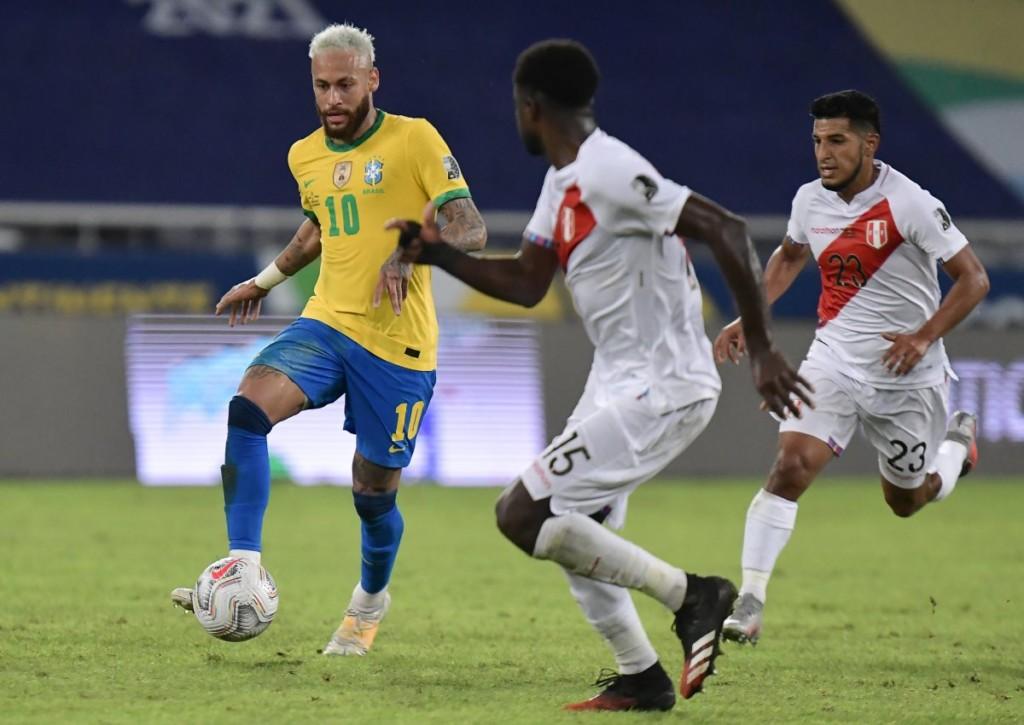 Setzt sich Neymar mit Brasilien auch im Halbfinale deutlich gegen Peru durch?