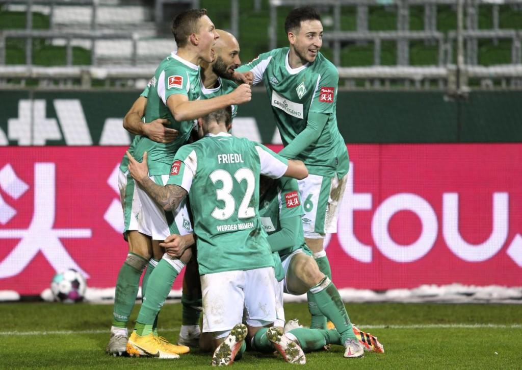 Gelingt Werder Bremen der sofortige Wiederaufstieg & wie stehen die Chancen für Schalke und den HSV?