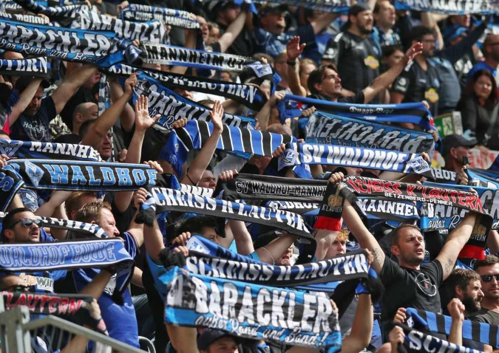 Schreien die Fans Mannheim zum Heimsieg gegen Halle?